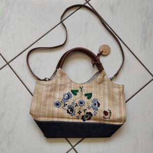 Tommy Hilfiger 💜 Woven Purse Shoulder Bag Picnic